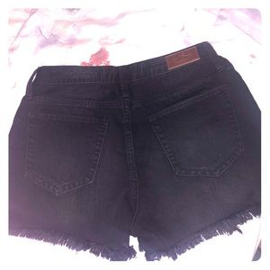 Hollister high waisted black shorts!